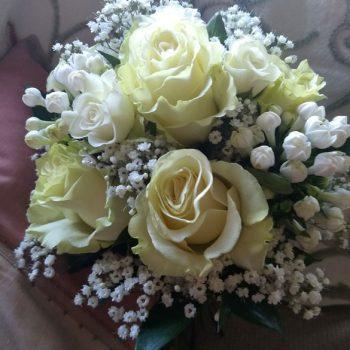 Rose-Bouvardia-bridal-posy